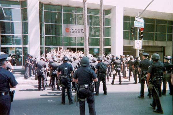 Hundreds of Riot Cop...