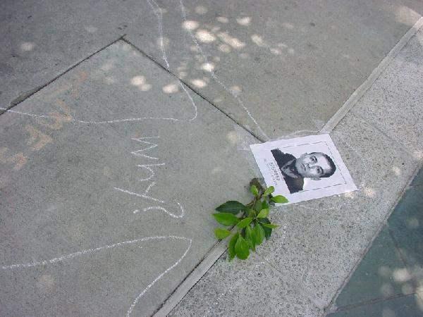 Memorial for Carlo G...