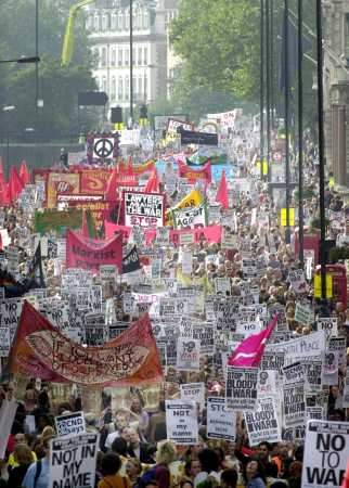 London Protest draws...
