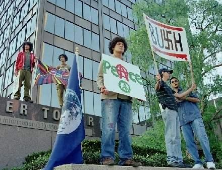 Bush in L. A. 8/24/0...