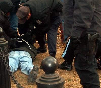Arrest3...
