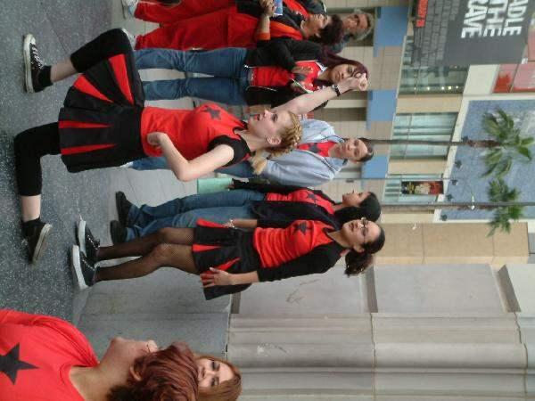 rad cheerleaders...