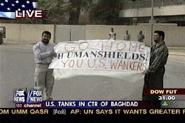 Iraqi Citizens show ...