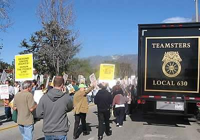 Teamsters in solidar...