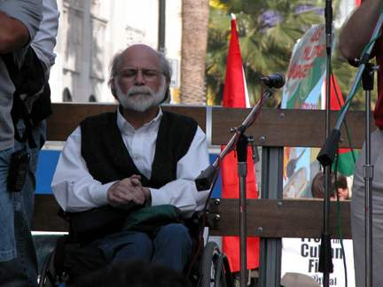 Ron Kovic 1...