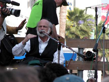 Ron Kovic  3...