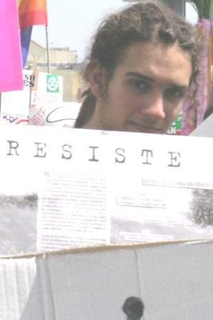 Resiste...