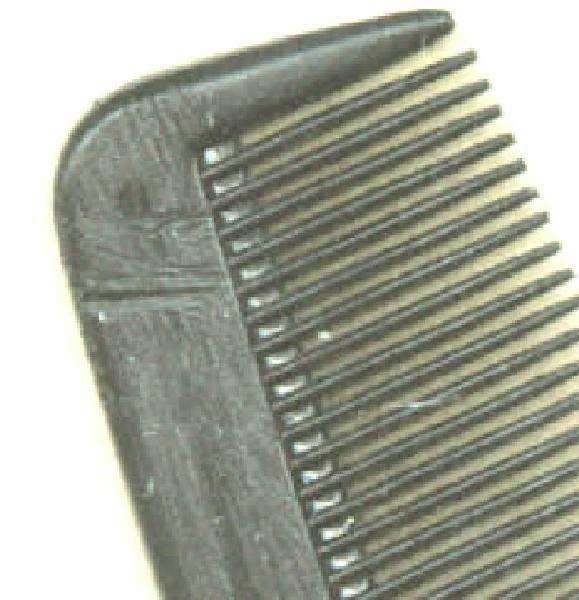 Elvis Presleys comb...