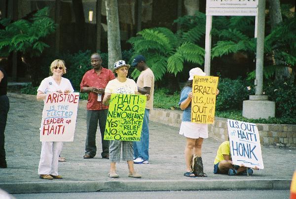 Protestors line Wils...