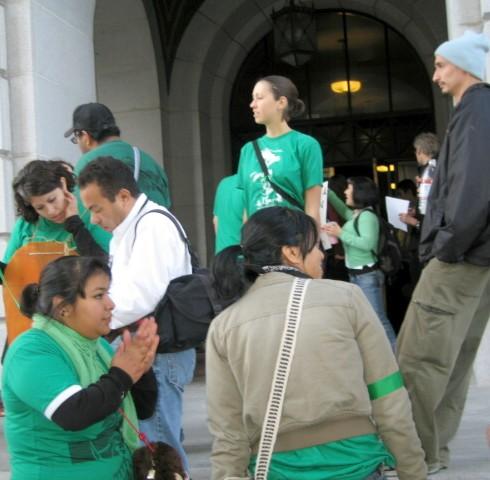 crowding City Hall s...