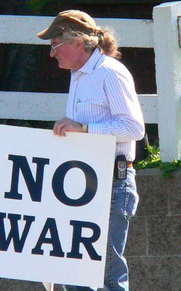 No War, Mr. Bush & U...