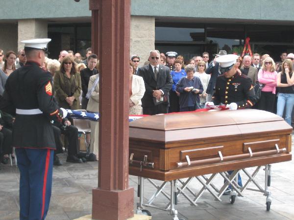 Marines Fold Flag (2...
