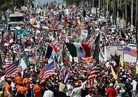 Massive Pro-Migrant ...
