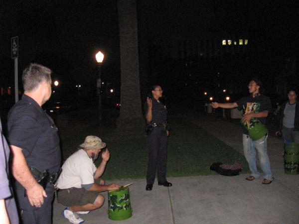 Police Harrass prote...
