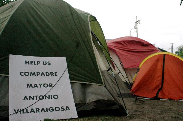 Help us Villaraigros...