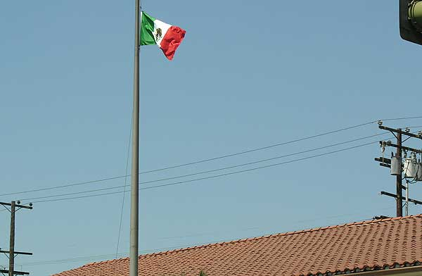 US FLAG DOWN, MEXICA...