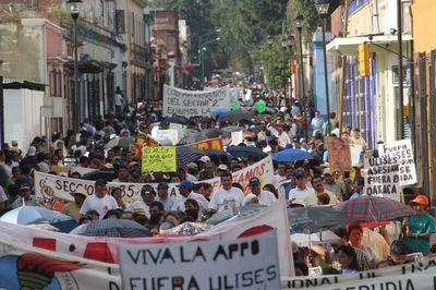 +++MEXICO: Bullets a...