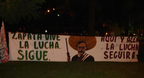 Zapata Vive!...