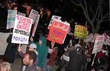 Protestan contra Fox...
