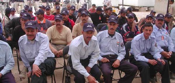 Iraqi Police Graduat...