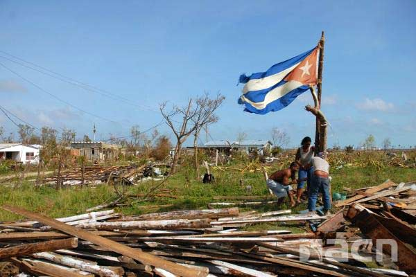 Cuba against hurrica...