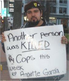 Brown Berets de Aztl...