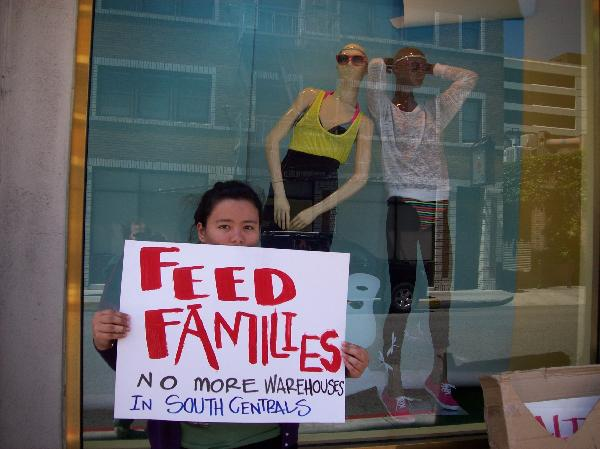 """Feed families&..."