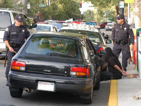 6:40 pm – Police s...