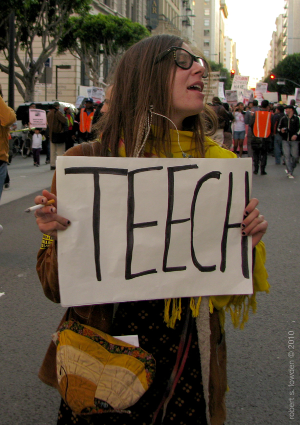 Teech/ March 4th Los...