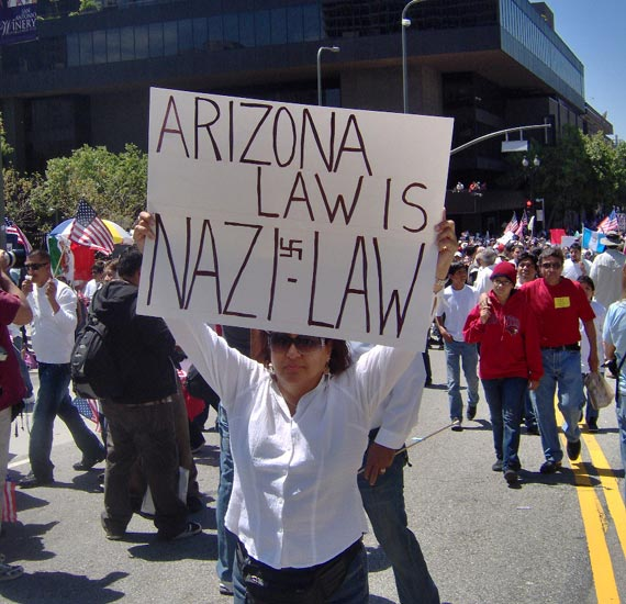 Arizona Law = Nazi l...