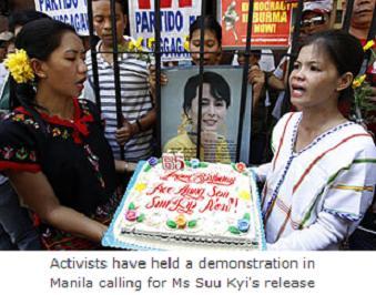 Suu Kyi marks birthd...