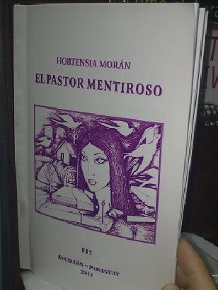 Book Review. LIBRO D...
