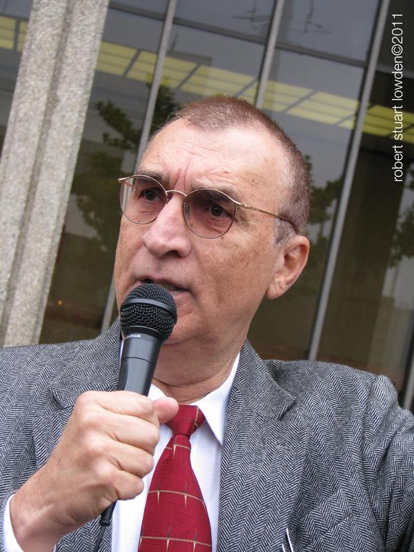 Carlos Montes...