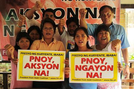 Philippines: Thousan...