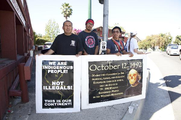 More demonstrators...
