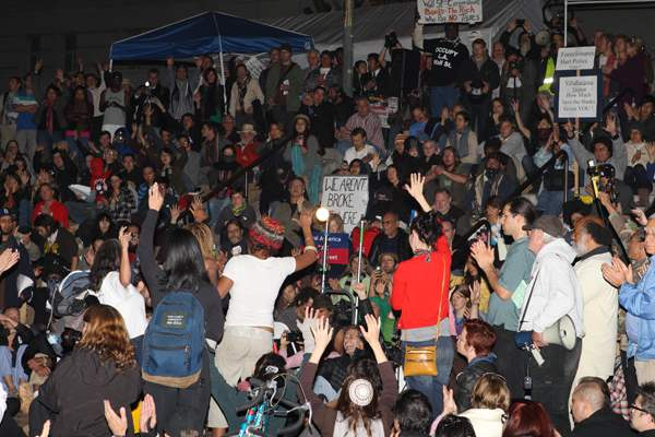 OCCUPY LA at 10 PM...