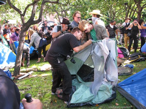 Fervent Tent Buildin...