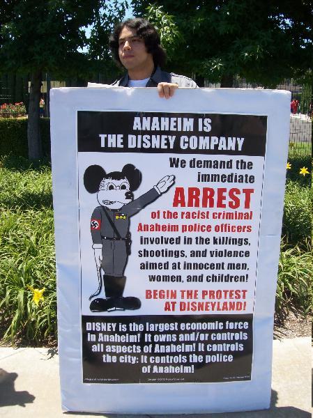 Demonstrator on Harb...