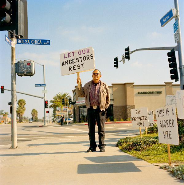 Alfred Cruz protesti...
