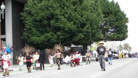 Aztec Dancers lead t...