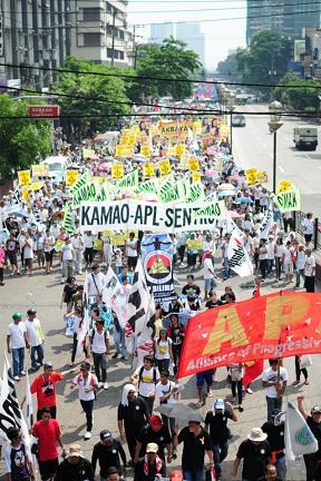 Philippines: 25,000 ...