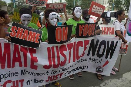 Philippines: They De...