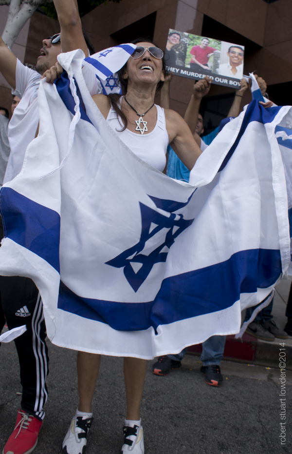 Pro- Israeli counter...