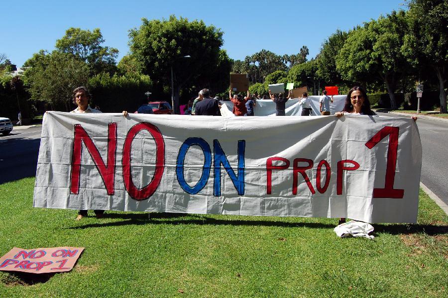 #NoOnProp1 protest o...