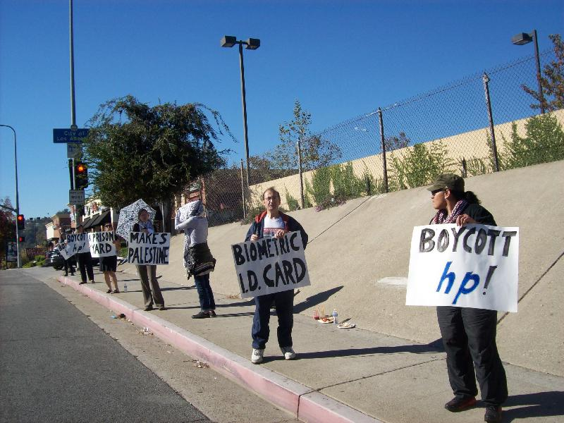 Protesting Hewlett-P...