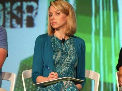 CEO Marissa Mayer Cr...