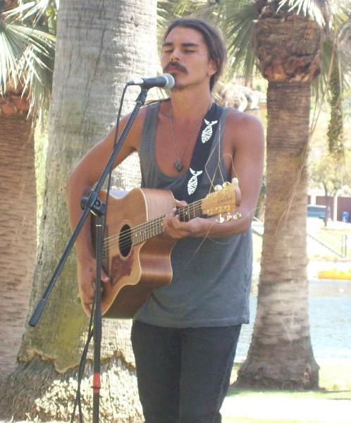 Australian singer-mu...