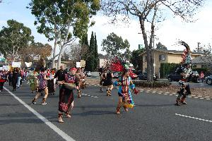 Danza Azteca Leads Long Beach to Compton March for #JusticeForNoelAguilar